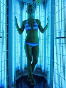 how to use a stand up tanning bed effectively