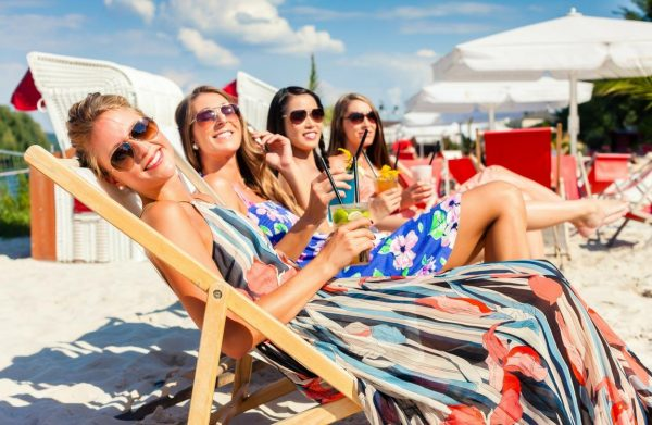 how to remove suntan from holidaying