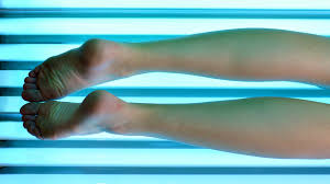 how can you tan your legs using tanning bed