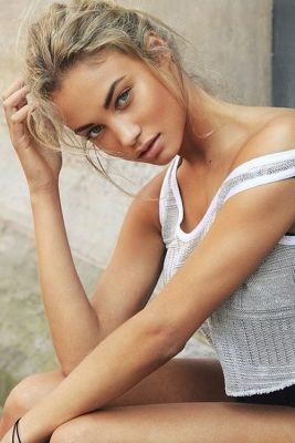 pros and cons of spray tanning